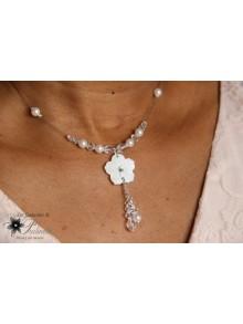 Oreste collier de mariage fleur de nacre et perles en cristal