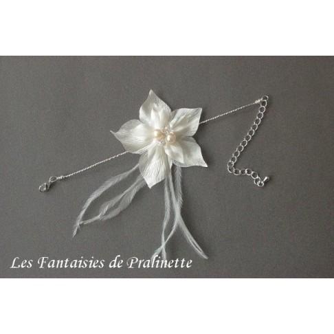 Bracelet mariage Cléophée plumes et fleur