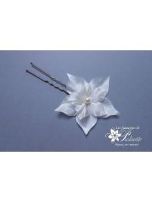 Laurence pic à chignon mariage fleurs en satin de soie