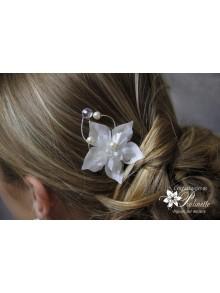 Douce, peigne mariage fleurs en satin de soie
