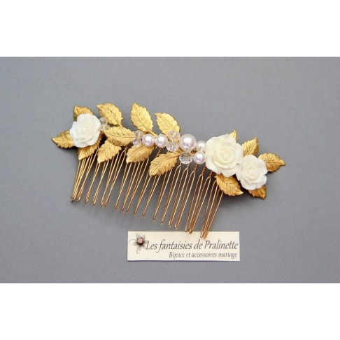 Peigne de mariée Violaine fleurs de rose et feuilles dorées