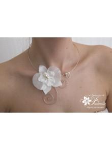 Orchidée collier mariage fleur en satin et soie