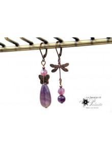 Boucles d'oreilles dépareillées libellule et pierres améthyste, bijoux intemporels, bijoux mariage, vintage inspiration