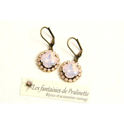 Boucles d'oreilles strass et cristal, bijoux mariage, bijoux intemporels, lovely bridemaids earrings, rose water opal earrings