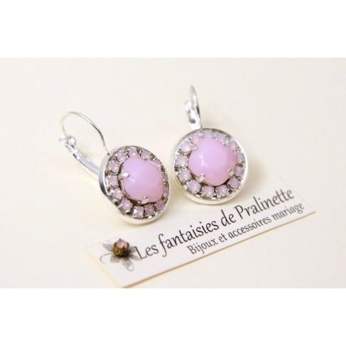 Boucles d'oreilles cristal Aline rose alabaster et strass rose opal, bijoux intemporels, bijoux mariage, vintage inspiration