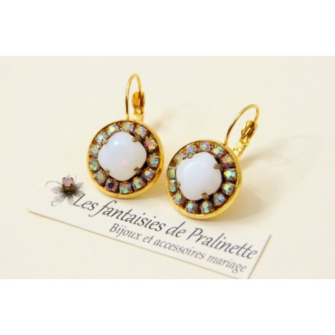 Boucles d'oreilles cristal Aline white alabaster et strass reflets aurore boréale