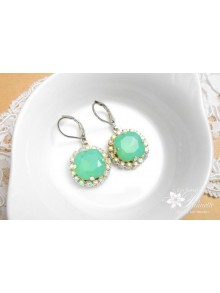 Boucles d'oreilles strass et cabochons en cristal vert opal Lovely
