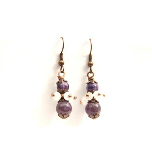 Boucles d'oreilles en amethyste et grappes de perles en cristal