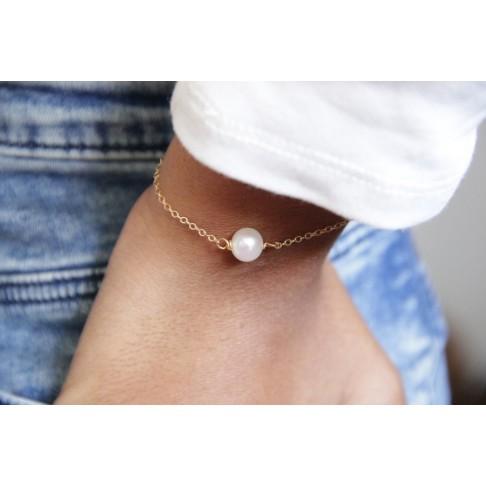 Bracelet plaqué or et perle de culture solitaire