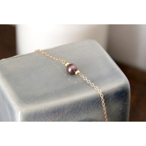 Bracelet perle grise et plaqué-or