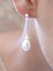 Boucles d'oreilles mariage gouttes nacrées en cristal