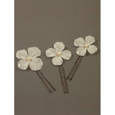 Pics Bahia accessoires de coiffures mariées fleurs en satin