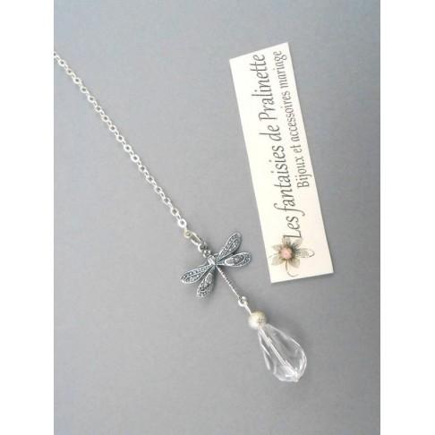 Bijoux de dos mariage pendentif libellule et perles en cristal Shirel