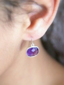 Boucles d'oreilles en améthyste plaqué or ou argent