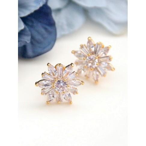 Clips d'oreilles mariage fleur des neiges, boucles d'oreilles mariage sur clips dorés