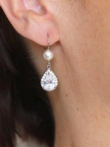 Crochets d'oreilles strass oxyde de zirconium et perles en cristal nacré, bijoux mariage strass