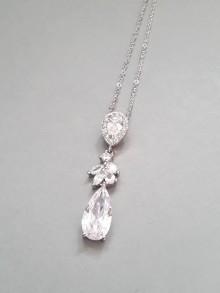 Mathilde pendentif collier de mariage zirconium et strass sur fine chaine - Prêt à porter