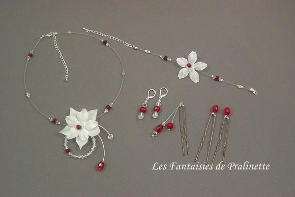Parure de mariage personnalisée avec des perles en cristal rouge.