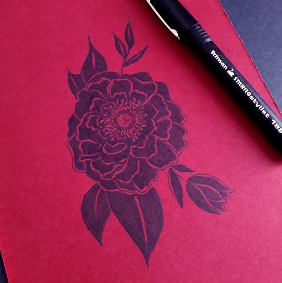 Dessin noir fleur remplie