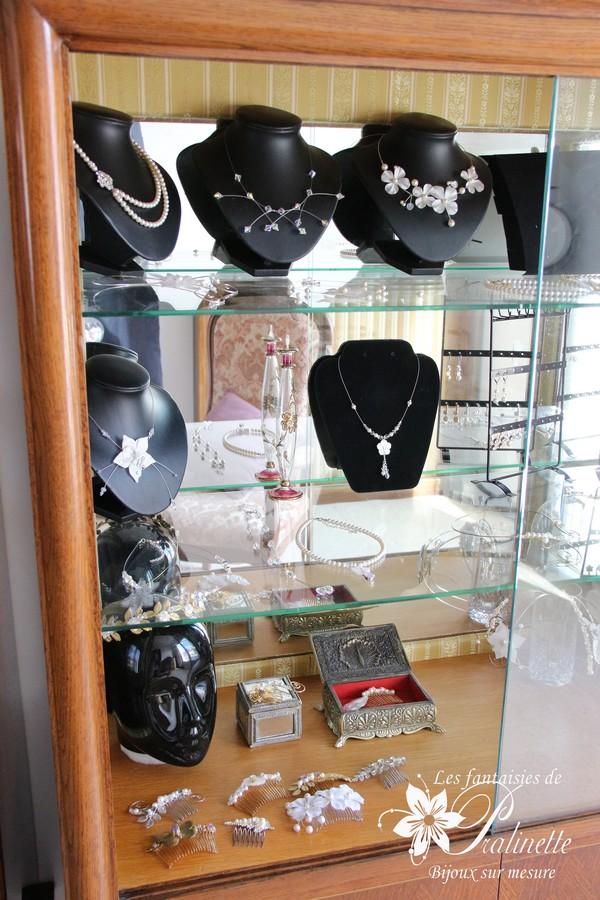 Atelier bijoux mariage Les Fantaisies de Pralinette - Vitrine bijoux mariage